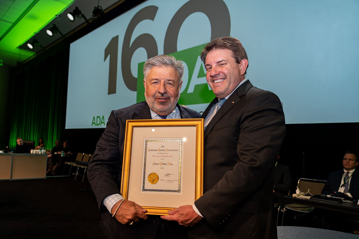 SFG member Steven Kess receives honorary membership to the American Dental Association
