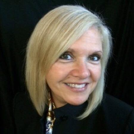 Mary Lee Conicella Headshot